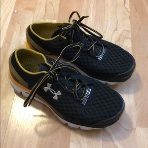 Under armour sneakers size 8 speedform Gemini 2